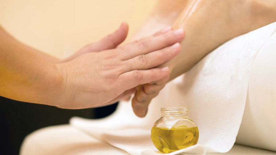 Foot Oil Massage